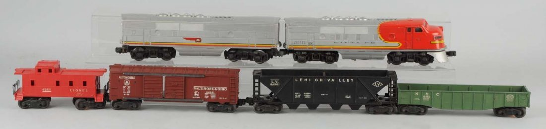 Lionel No. 2243 A.B. Unit With Four Freight Cars.
