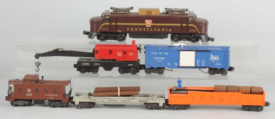 6 Piece Lionel Pennsylvania Train Set #2352