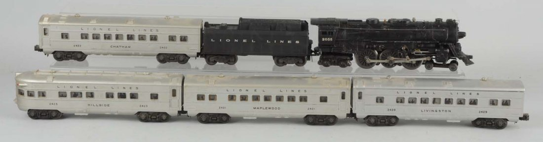 Lot of 6: Lionel 2055 Steam Loco, Tender & Cars.