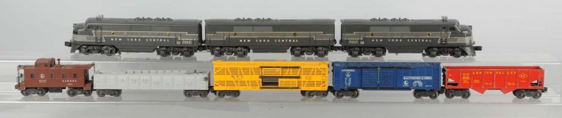 Lot of 8: Lionel No. 2354 NYC AA F3 Set.