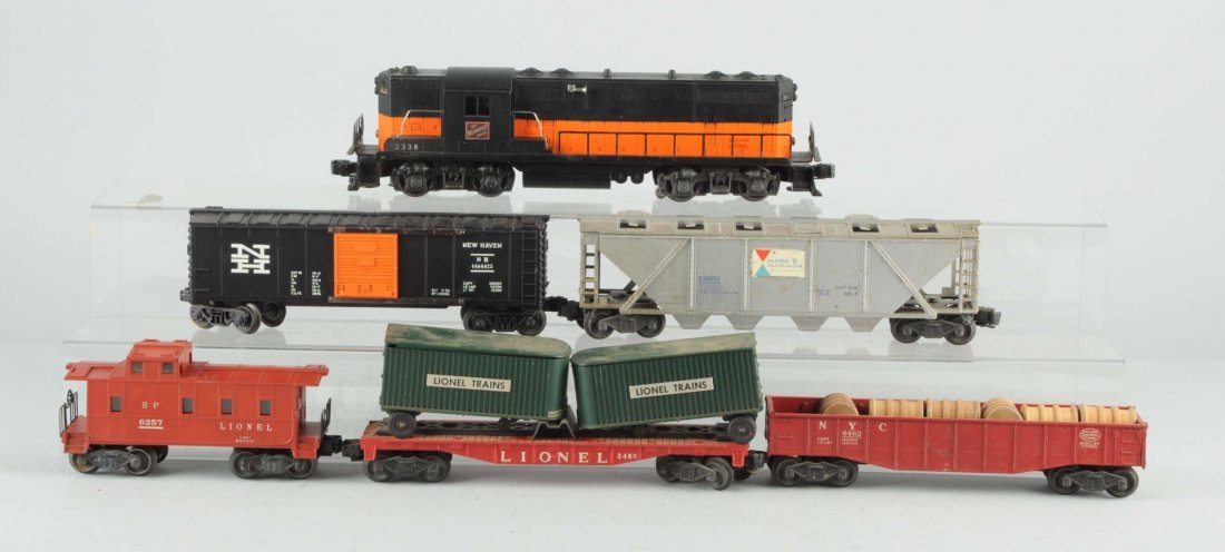 Lot of 6: Lionel No. 2338 Milwaukee Road & Cars.