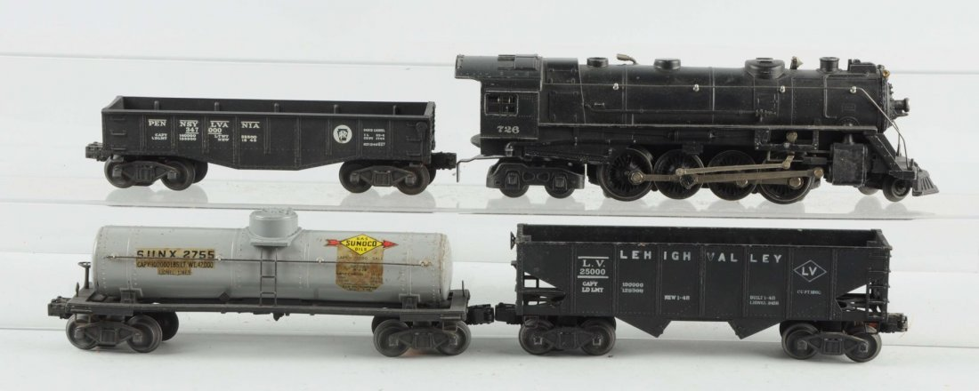 Lot of 5: Lionel No 726 Locomotive & Freight Cars.