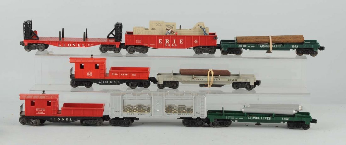 Lot of 8: Lionel Rolling Stock.