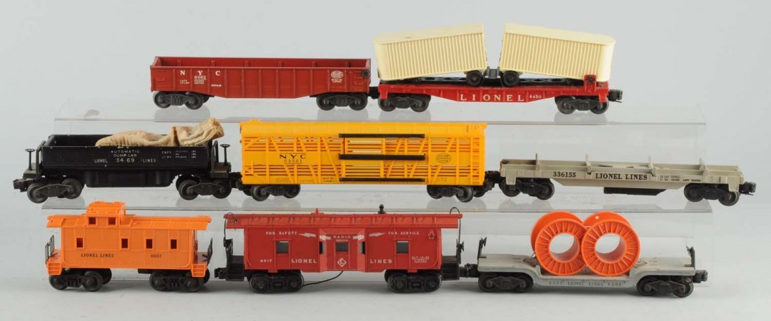 Lot Of 8: Lionel Freight Cars.