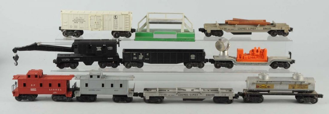 Lot of 9: Lionel Rolling Stock.