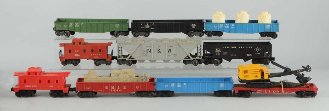 Lot of 11: Lionel Freight Cars.