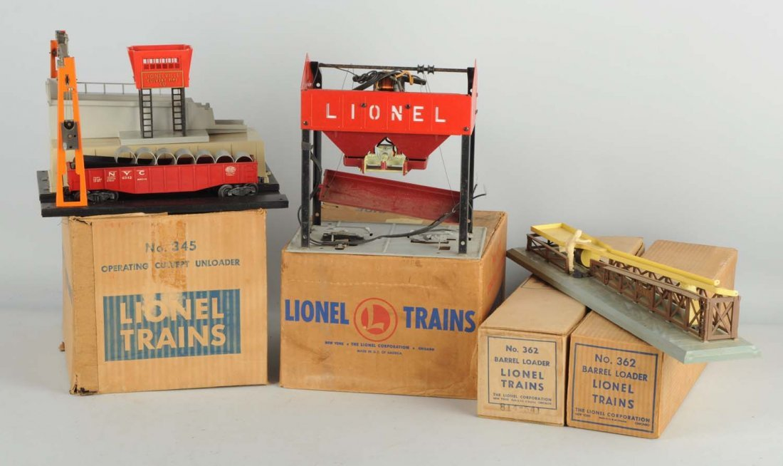 Lot of 4: Lionel Accessories.