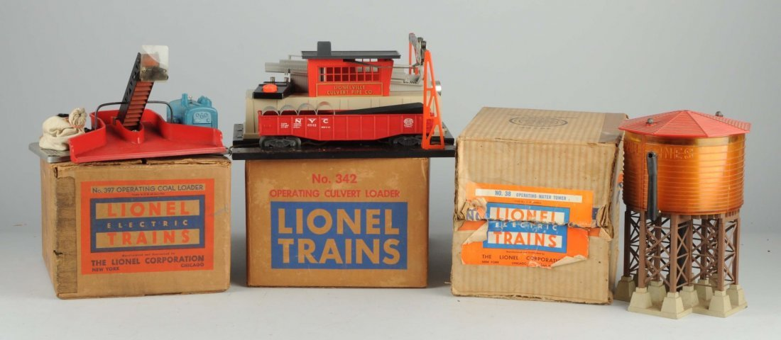 Lot of 3: Lionel Water Tower & Loaders.