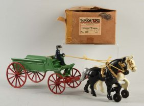 Kenton No. 170 Horse Drawn Covered Wagon.