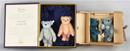 Lot Of 4: Two Sets of Steiff Teddy Bears.