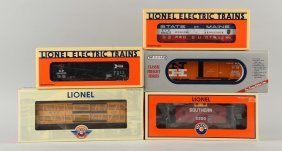 Lot Of 4: Lionel Freight Cars.