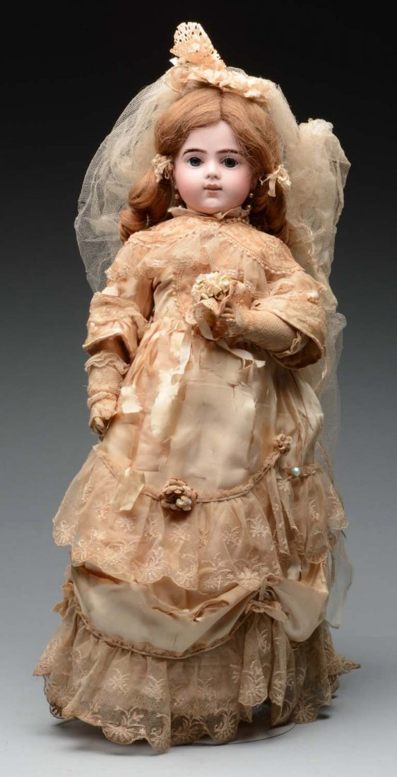 Bru Bébé  Doll.