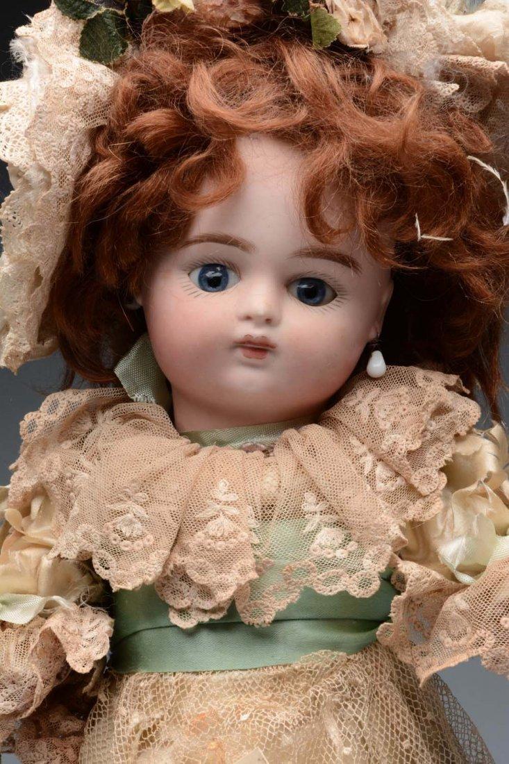 Sweet French Bébé Doll. - 2