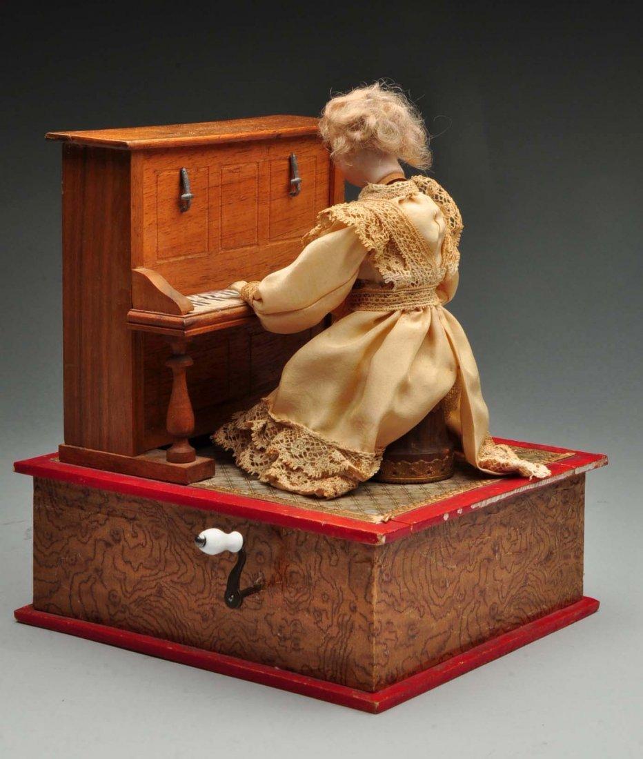 Beautiful French Doll Playing Piano Automaton. - 2