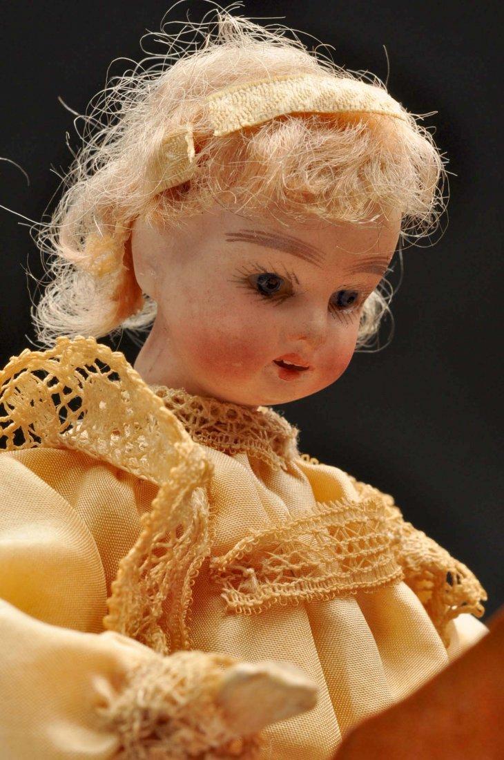 Beautiful French Doll Playing Piano Automaton. - 4