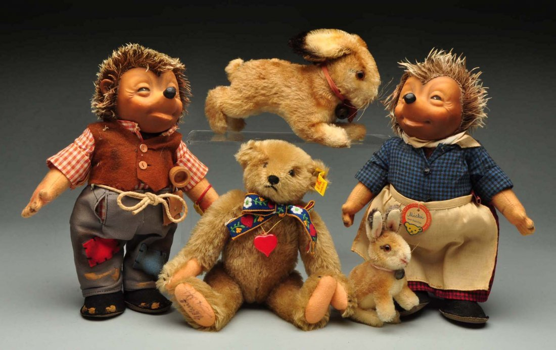 Group of Steiff 1950-1980-era Bears and Animals. - 2