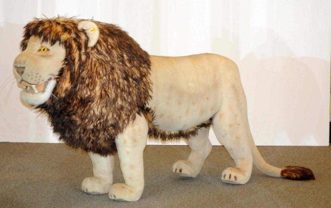Steiff Studio Sized Display Lion. - 2