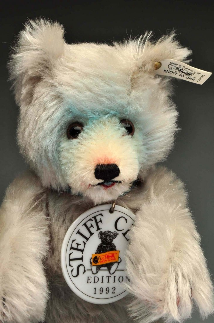 Lot Of 4: Early 1990's Steiff Club Bears. - 2