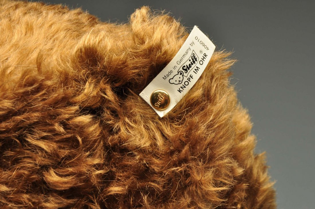 Large Steiff Brown Mohair Bear With All IDs. - 4