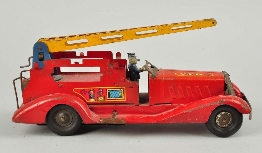 Marx Wind Up Pre War Water Tower Truck. - 3