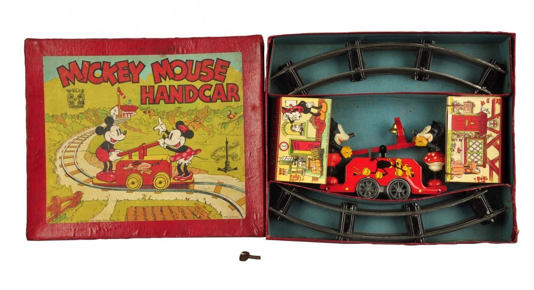 Disney English Mickey & Minnie Mouse Hand Car Toy.