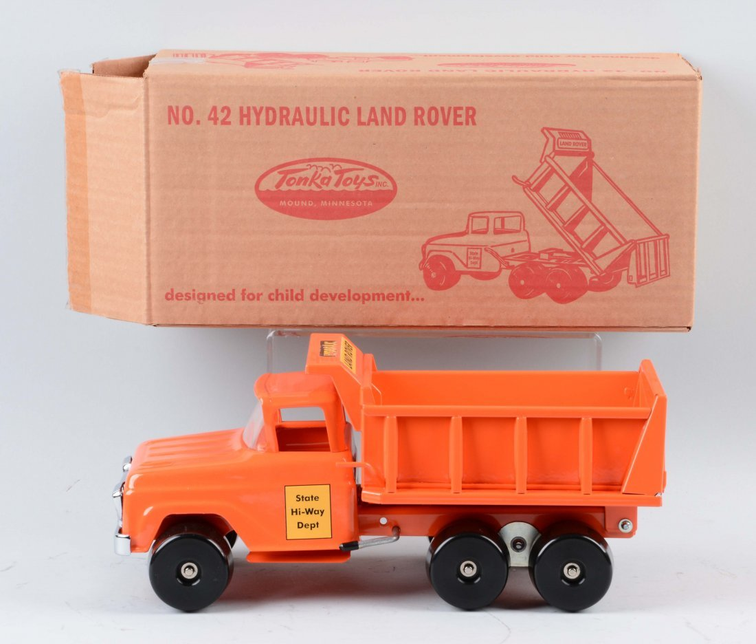 Tonka Toy by DeSalle Hydraulic Landrover. - 2
