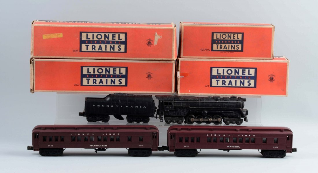 Lot of 4: Lionel No. 671 & Madison Style Cars.
