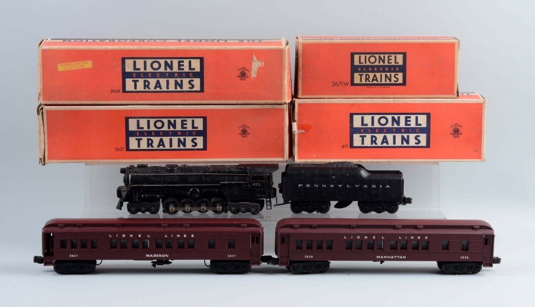 Lot of 4: Lionel No. 671 & Madison Style Cars. - 2