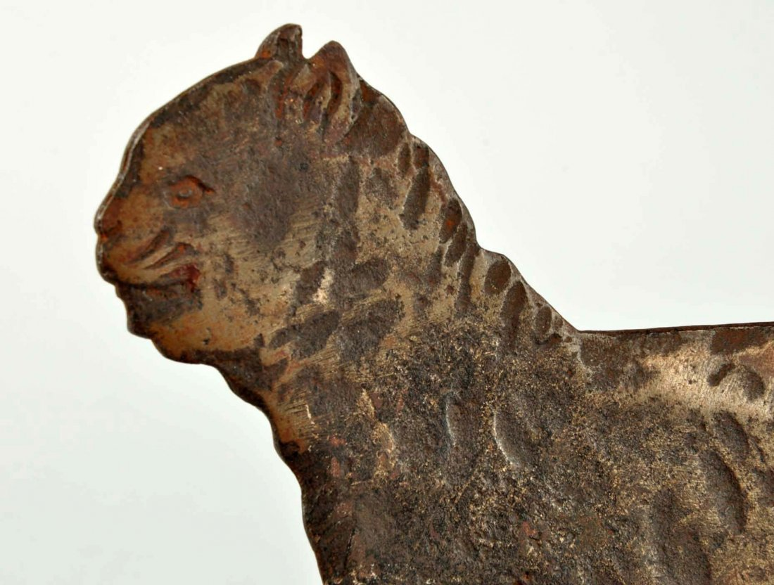 Cast Iron Cat Foot Scraper. - 4