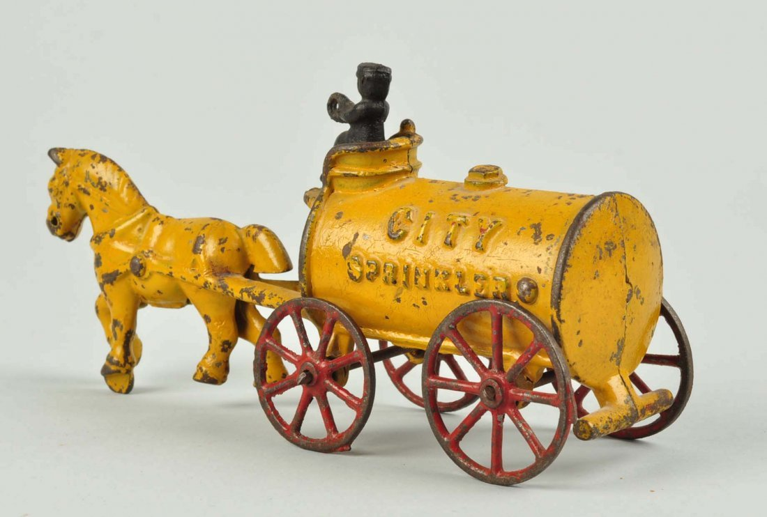 Kenton Cast Iron City Sprinkler Horse Drawn. - 2