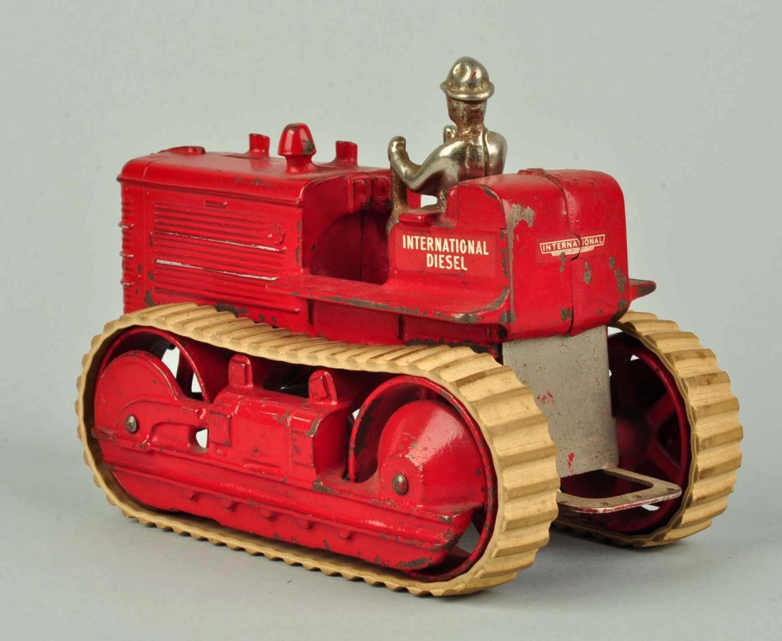Arcade International Diesel Red Cast Iron Tractor. - 2