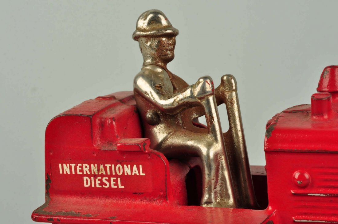 Arcade International Diesel Red Cast Iron Tractor. - 4