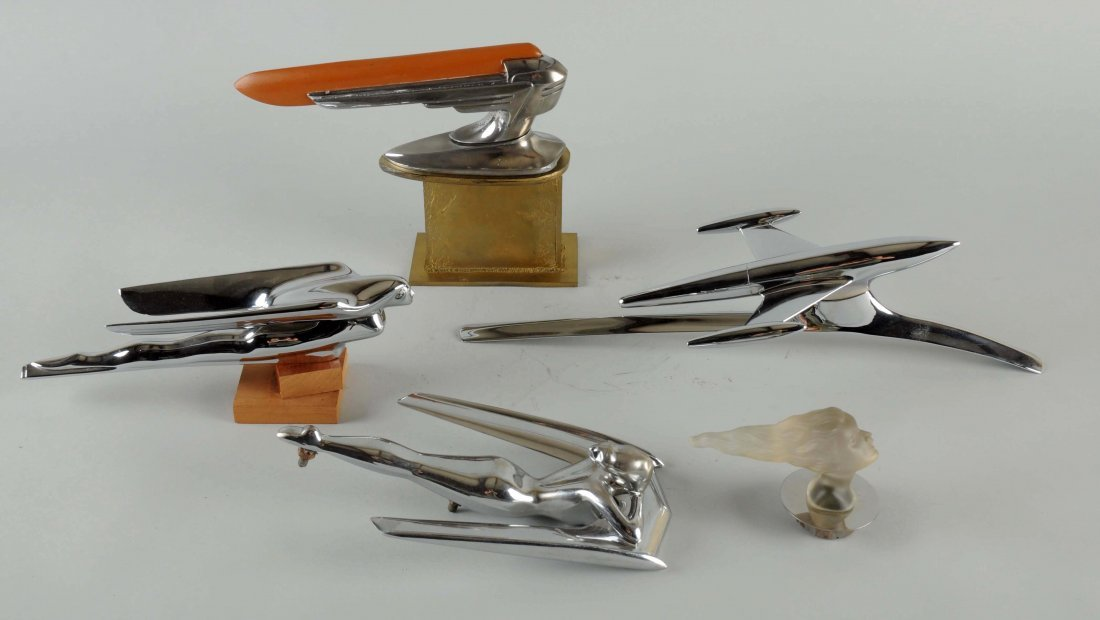 Lot of Nash, Graham & Other Hood Ornaments.