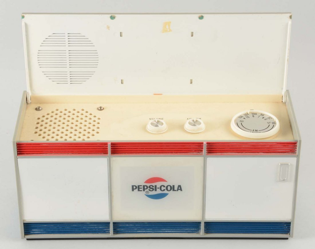 Pepsi Plastic Cooler Radio. - 2