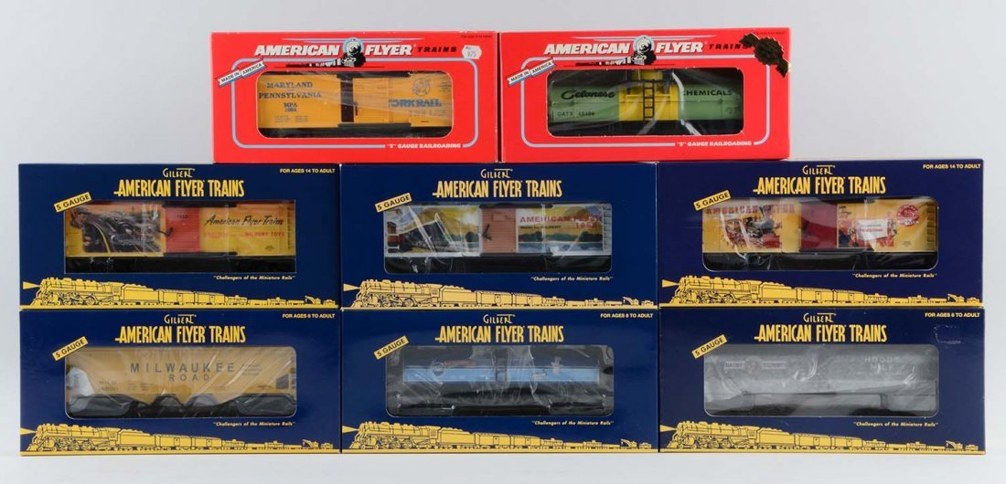 Lot of 8: American Flyer Modern Era Freight Cars.