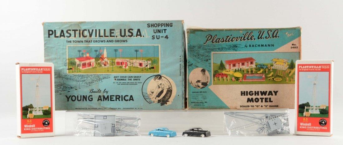 Lot of 4: Plasticville Items.