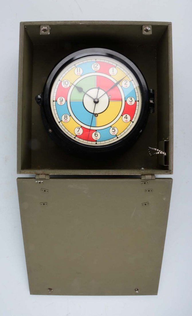 Chelsea WWII US Army Radio Clock In Wooden Box - 2