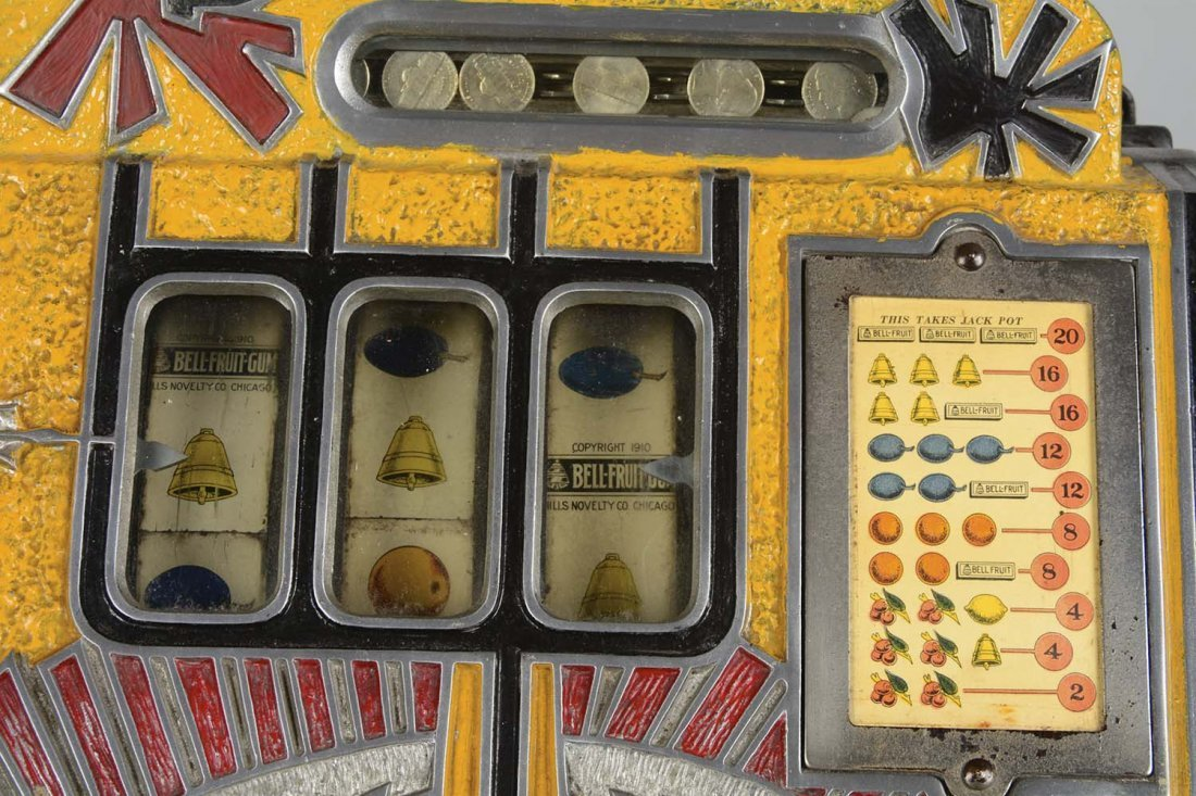 **5¢ Mills Yellow War Eagle Slot Machine - 2