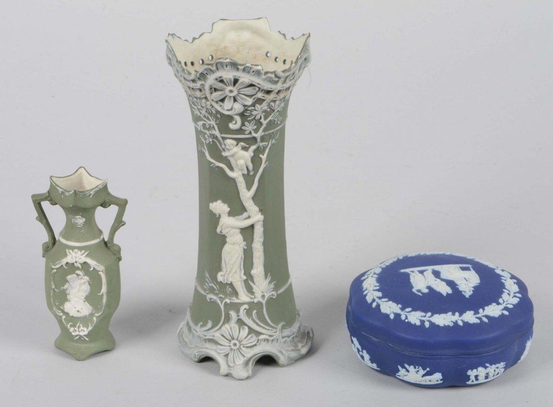 Lot Of 3: Porcelain Vases and Trinket Box - 3