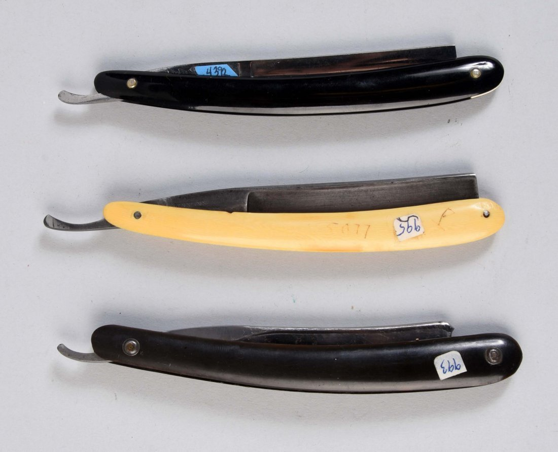 Lot Of 3: Celluloid Straight Razors With Etched Blades. - 2