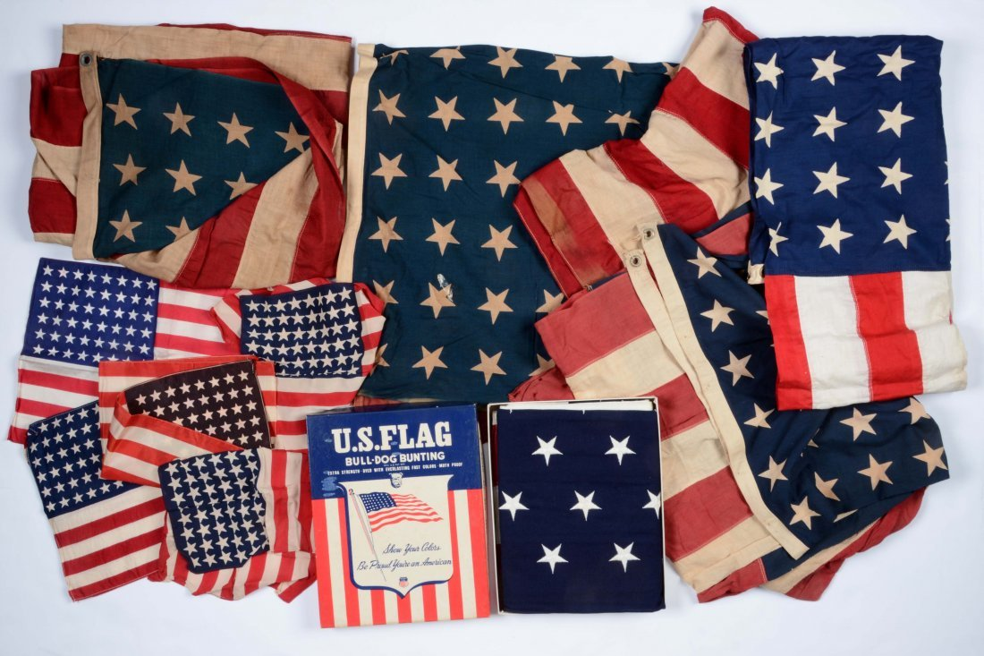 Lot of 8: American Flags.