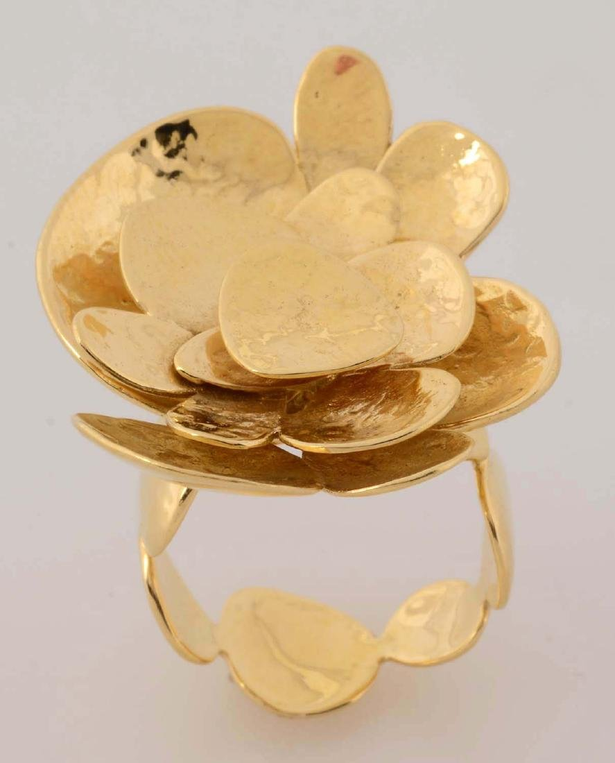 18K Yellow Gold Floral Ring.