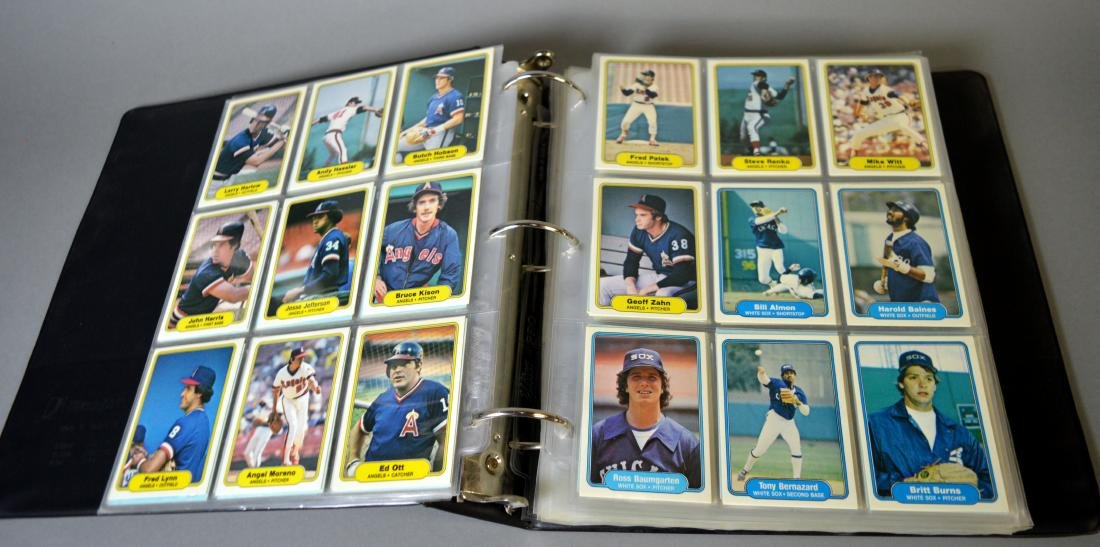 Album with 590+ Fleet baseball cards from the 1980s - 7