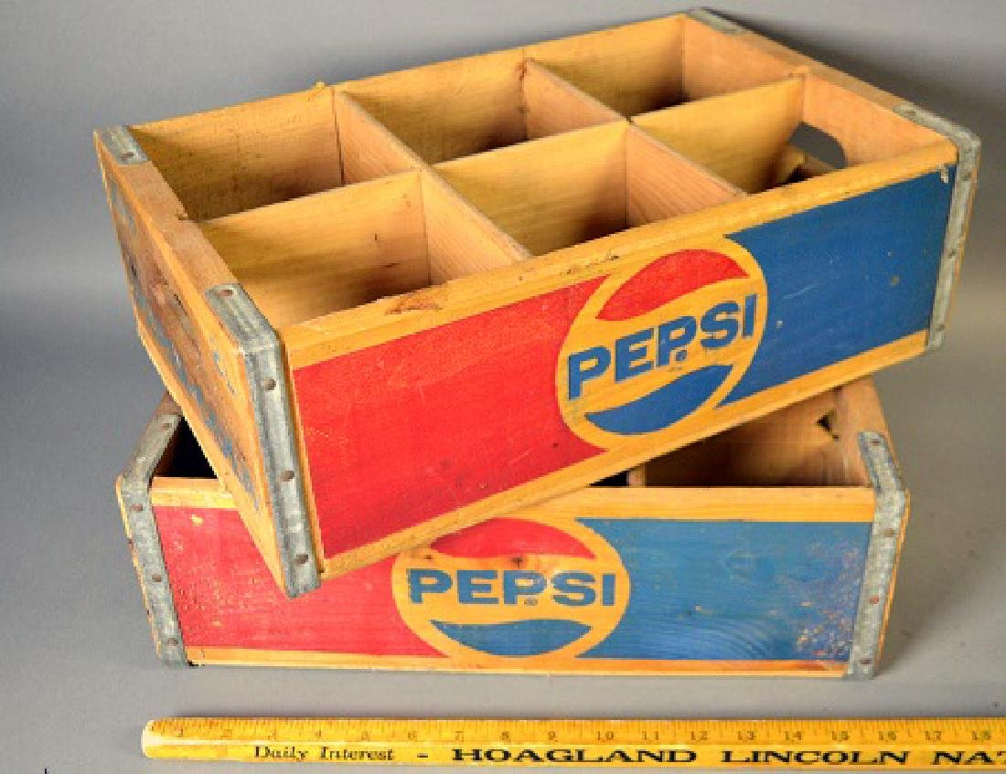 Two vintage Pepsi wood crates - 2