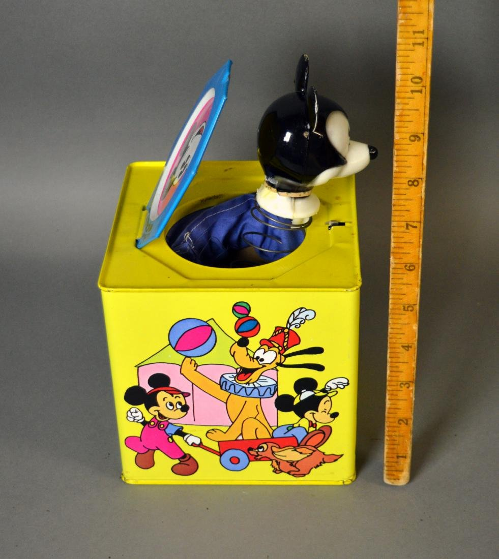 Vintage tin litho Mickey Mouse jack-in-the-box - 4