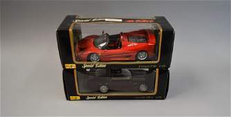 2 Maisto Special Edition Diecast Car Models Ferrari