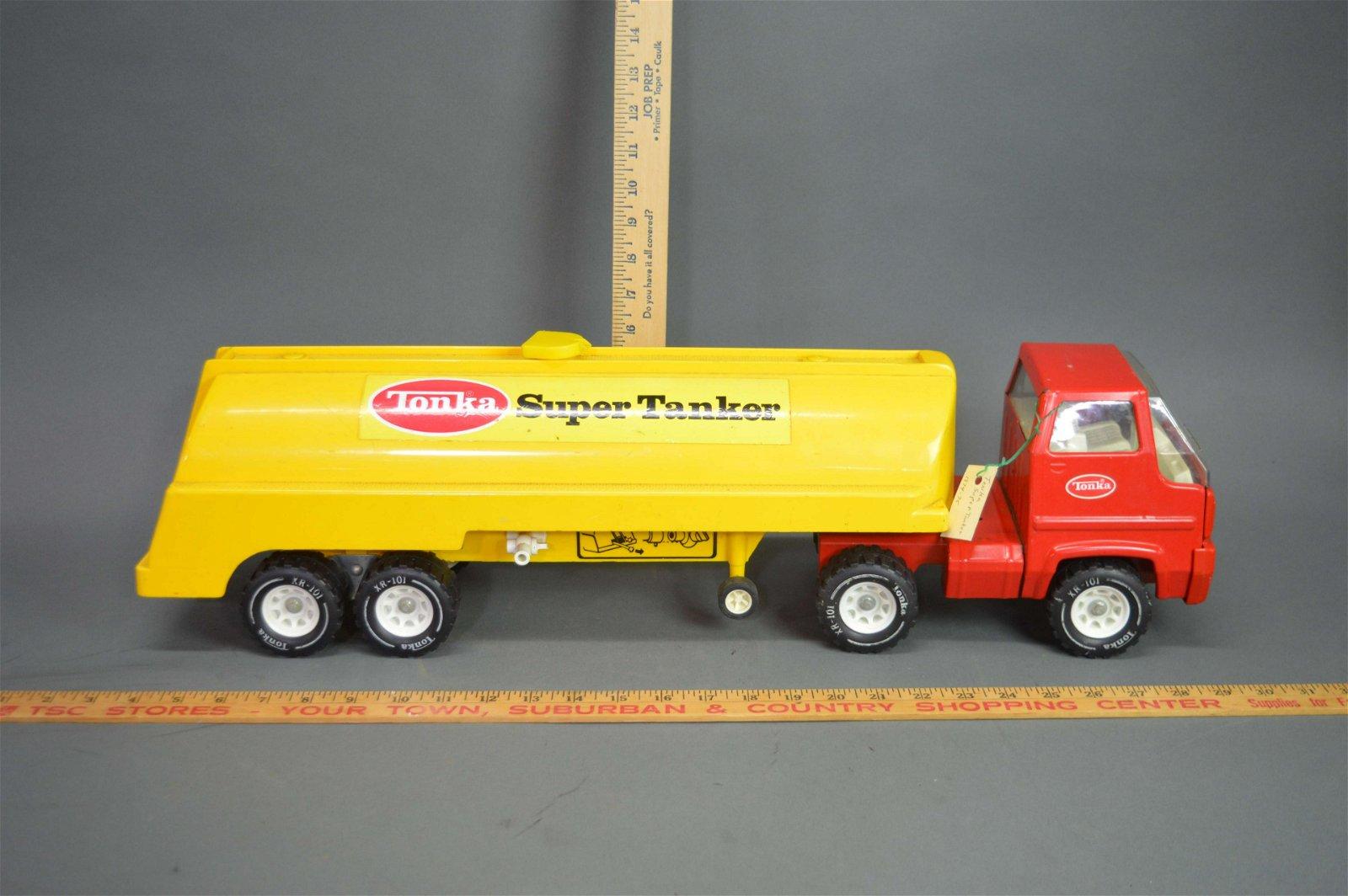 Tonka Super Tanker Semi Truck c.1974-75