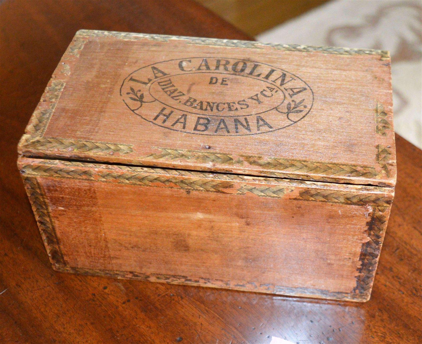 Antique La Carolina Cuban cigar box with label inside.