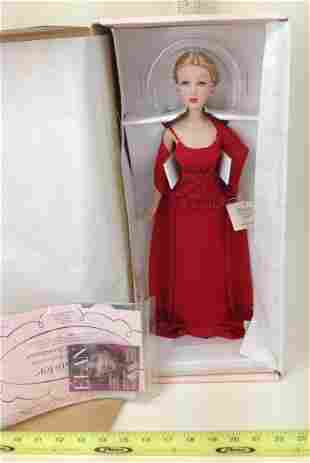 Madame Alexander, Crimson Christmas Doll