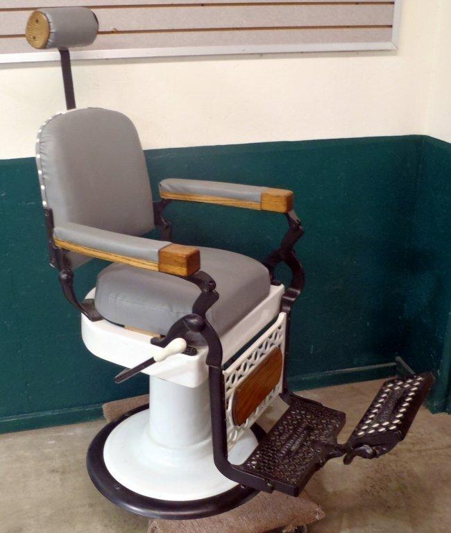 Vintage Berninghaus Hercules Barber 39 S Chair Lot 75